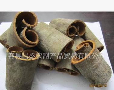 供应优质桂皮8—10cm 大通 调味品 工艺品 厂家直供 出口级别